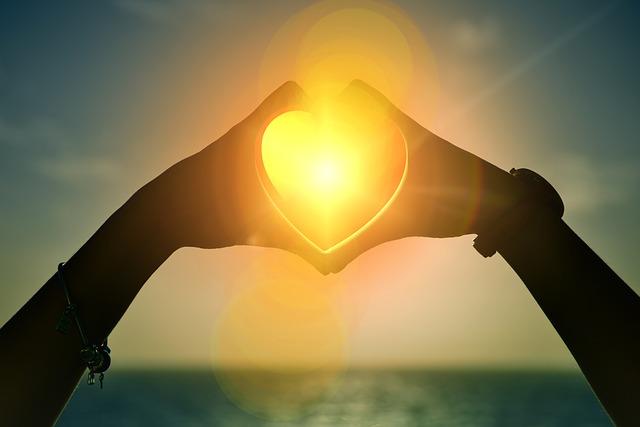 heart 1616504 640